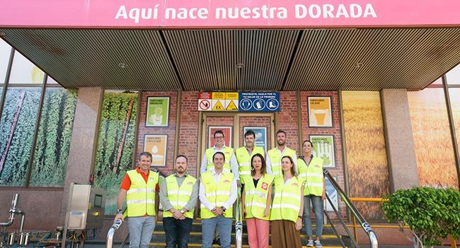 Compañía Cervecera de Canarias da a conocer su plan de inversiones a Patricia Hernández
