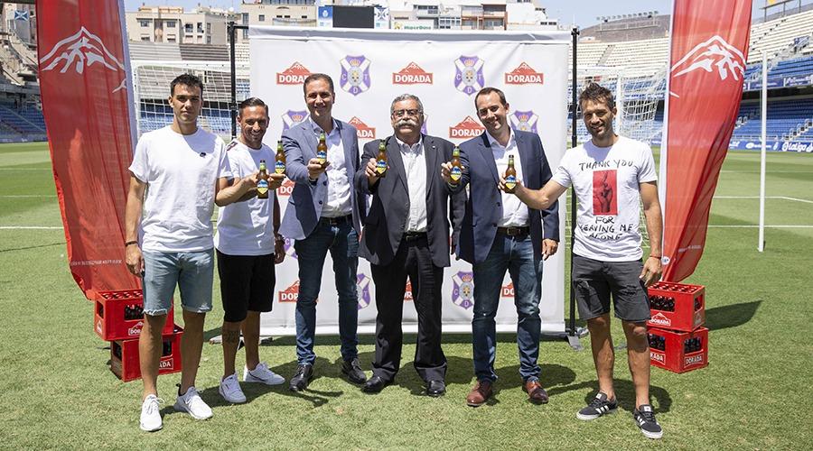 Dorada y el CD Tenerife firman un acuerdo histórico de patrocinio para la próxima temporada