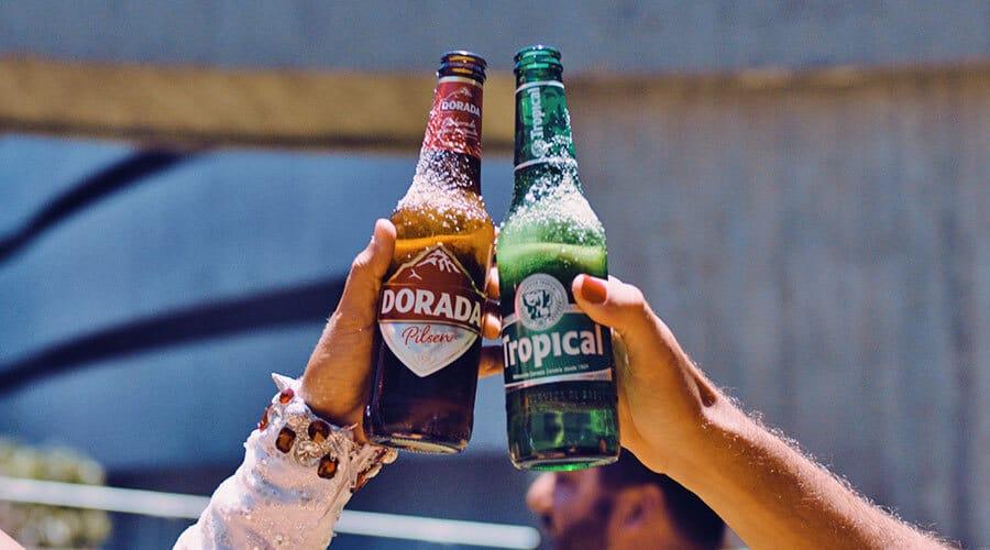 Compañía Cervecera reúne a representantes de la cultura, el deporte y la gastronomía para reivindicar la unión de los canarios